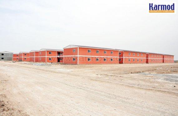 Karmod staví prefabrikované město pro 10 000 lidí za 7 měsíců