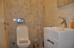 Montované WC, sprchové kouty